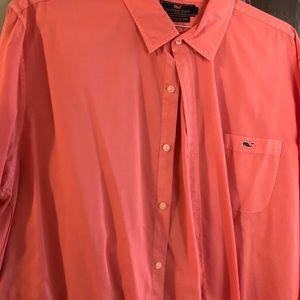 Vineyard Vines Shirts - Vineyard Vines button down shirt
